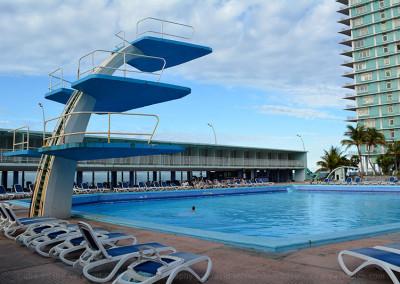 Riviera-Pool