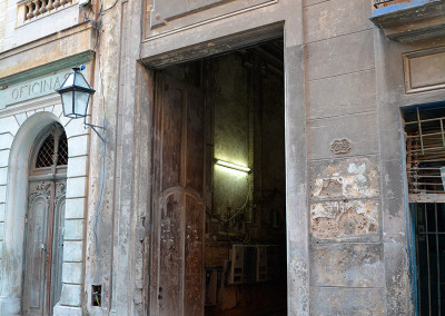 Tall-Door