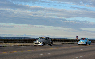 Two-Cars-Malecon